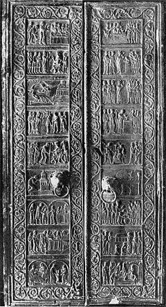240px-gniezno_cathedral_door