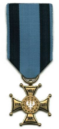 krzy_zoty_orderu_virtuti_militari_wz_1992-200x435